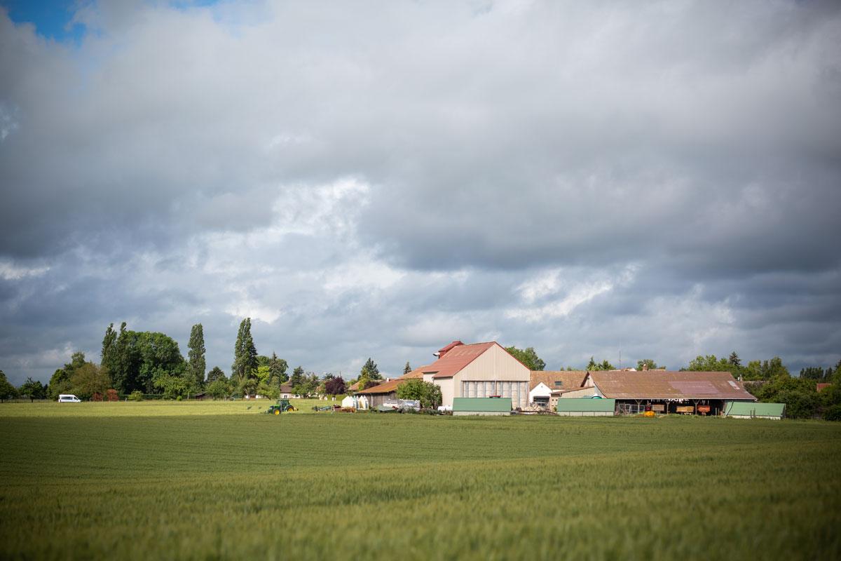 Une consultation lancée sur la distance champs traités/habitations